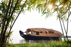 Punnamada Luxury Houseboat